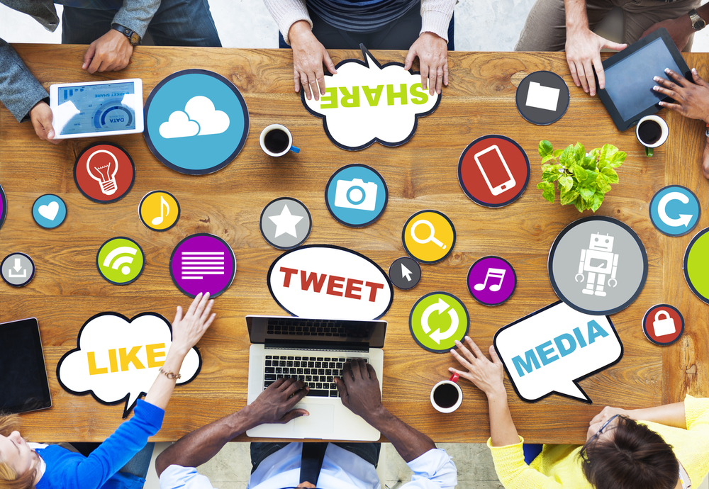 Top Social Media Trends That Will Impact e-Commerce Business