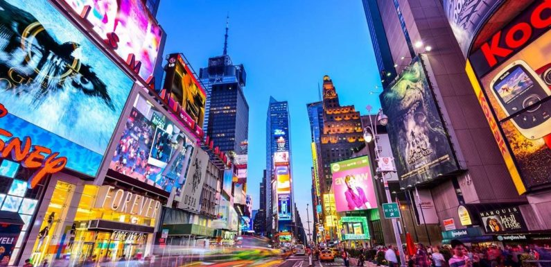 """How Can You Boost Your Digital Marketing Skills With """"Digital Signage""""?"""