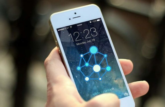 What Is Blockchain? How Blockchain Impacts Mobile Application Development