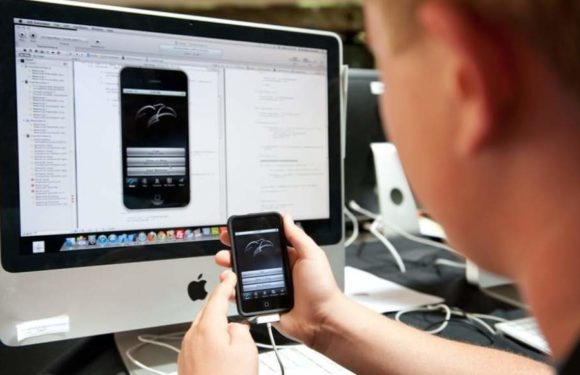 Consider These Tips Before Hiring An iPhone App Development Company