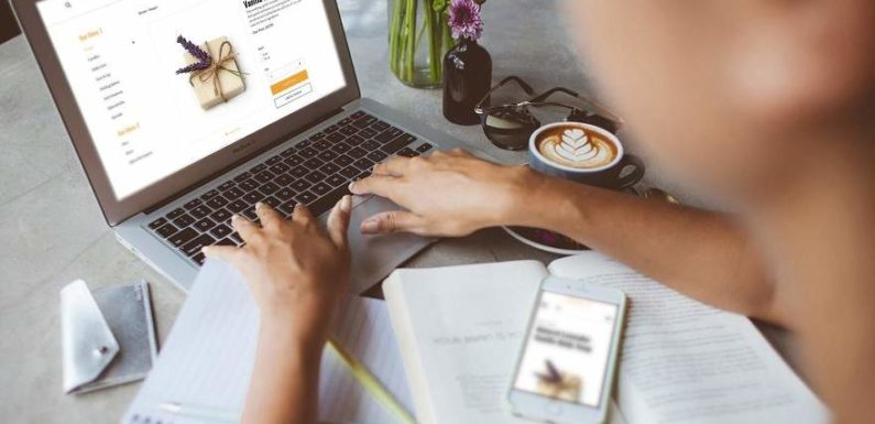 eCommerce and Blogging: Should You Do It?