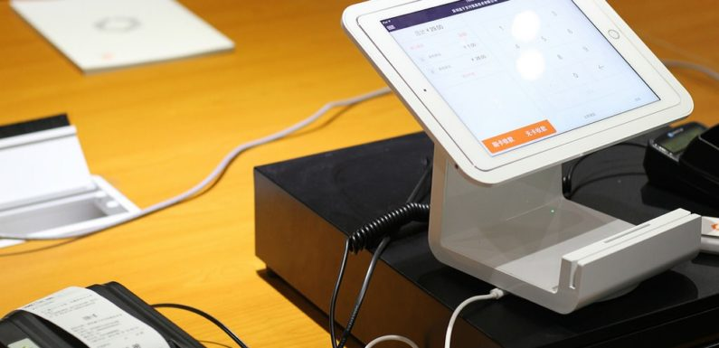 10 Advantages of Having a Point Of Sale Systems for Small Business