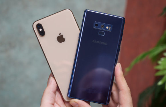 Apple vs Samsung: who is the bigger giant in the world?
