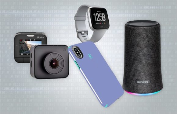 8 Awesome Tech Gifts for Gadget & Gear Geeks