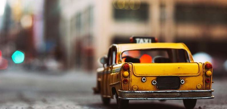 How Technology Can Help Taxi Businesses Grow By Leaps And Bounds?