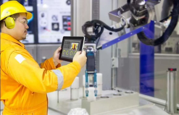 Manufacturing Robots and Their Interaction with Factory Employees