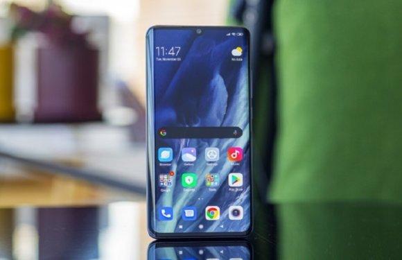 Xiaomi Mi 10 – First Impressions of Premium Looking Phone
