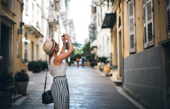Top 7 Reasons Why Travel Apps Have Become So Popular Nowadays