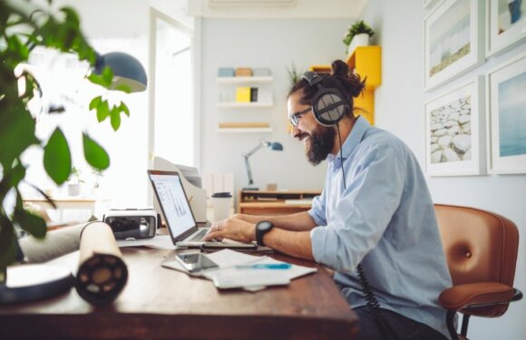How to Leverage Data to Manage Your Remote Employees More Effectively