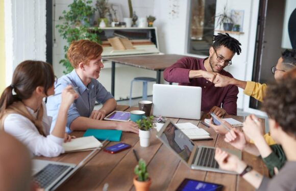 8 Key Specialists You Need for A Successful Digital Marketing Team