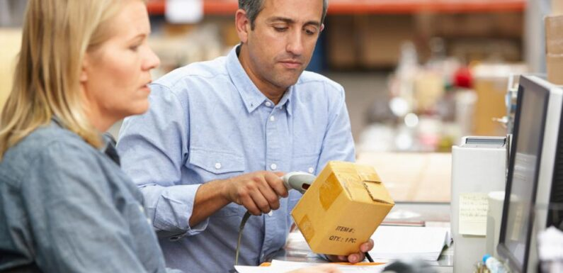 Supply Chain Management With the Internet of Things Integration